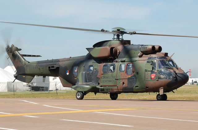 800px-Rnethaf_eurocopter_as532_cougar_at_riat_2010_arp
