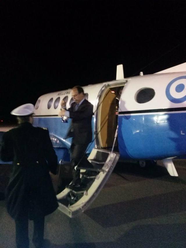 Αφιξη Αγ.Φωτος στα Κυθηρα!Μαζι με Apostolos Tzimotoudis και Andreas Bogris. — at Kithira Island National Airport.